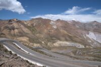 Przez kaniony i góry